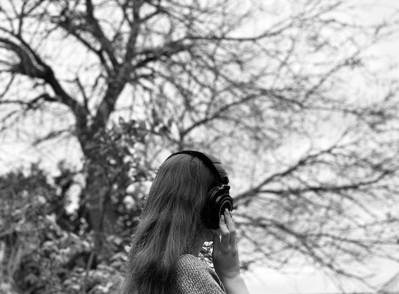 Listening outdoors with headphones
