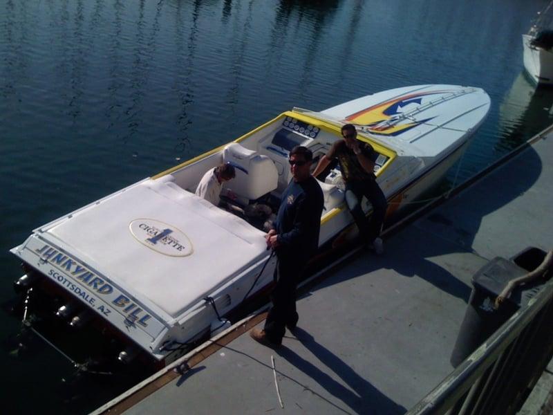 cigarette boat_2